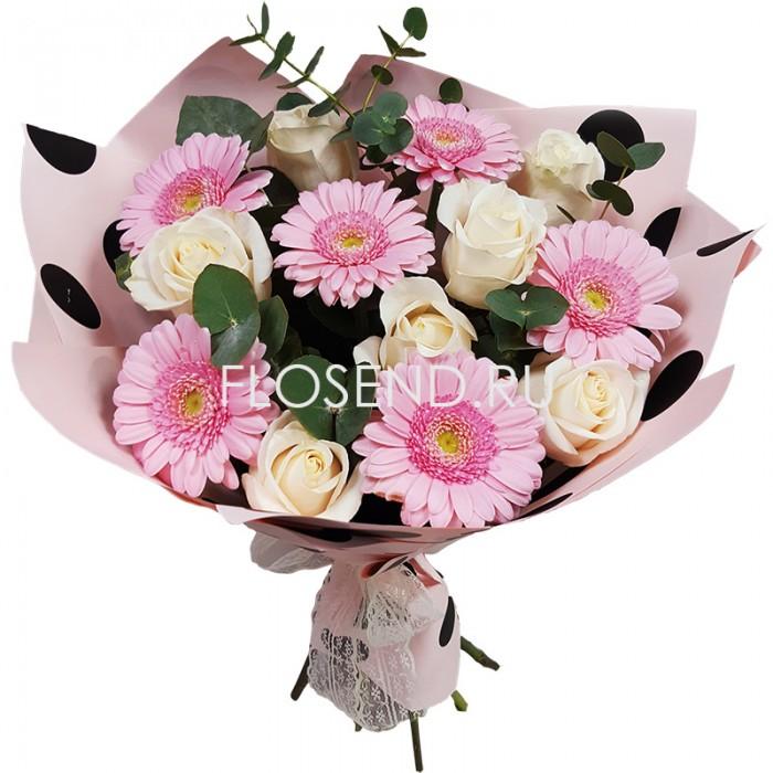 Букет из розовых гербер и белых роз